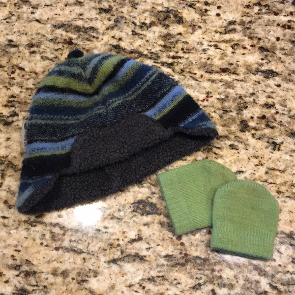 Sa Baby Winter Hat and Smartwool mittens. M 5aac529db7f72bee301b9f9e 06c6afa9327